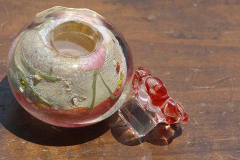 手元供養ガラス骨壷(骨壺)  [手のひらに]のイメージ画像02
