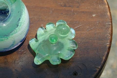 手元供養ガラス骨壷(骨壺)  [雨上がり]のイメージ画像04