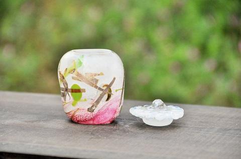 手元供養ガラス骨壷(骨壺)  [七五三]のイメージ画像02