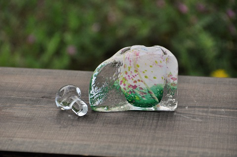 手元供養ガラス骨壷(骨壺)  [小花]のイメージ画像02
