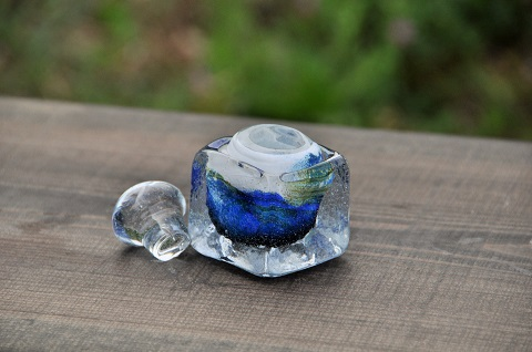 手元供養ガラス骨壷(骨壺)  [未明の山々]のイメージ画像02