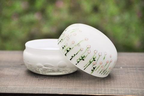手元供養ガラス骨壷(骨壺)  [白玉干し草]のイメージ画像02