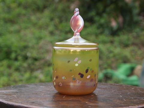 手元供養ガラス骨壷(骨壺)  [蝶々の舞い]の画像