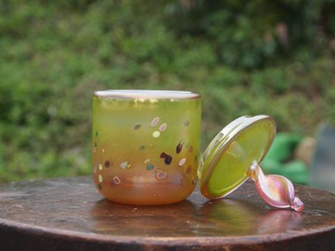 手元供養ガラス骨壷(骨壺)  [蝶々の舞い]のイメージ画像02