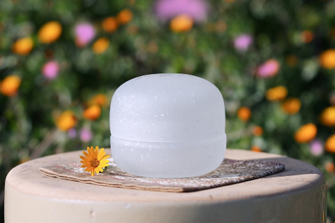 手元供養ガラス骨壷(骨壺)   [こでまり]の画像